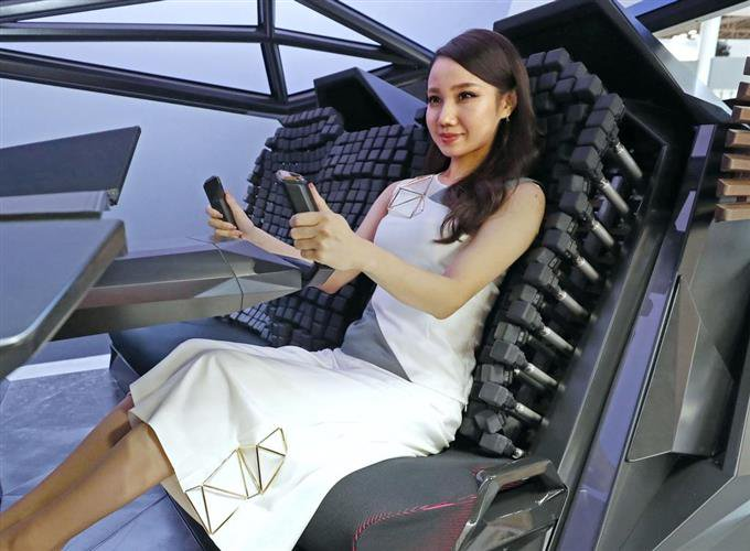 The Vody seat from Toyota self takes care of your comfort